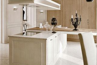 arcari arredamenti - cucine classiche con isola